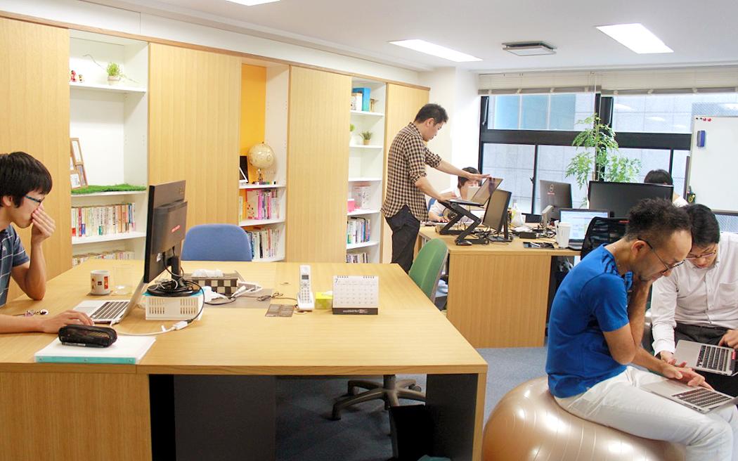 ferix_office02