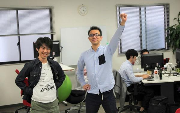 アプリエンジニア・鐘ヶ江耕治(写真左)と、プロデューサー・能島章典(写真右)