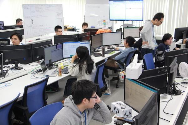 エンジニアチームの仕事風景